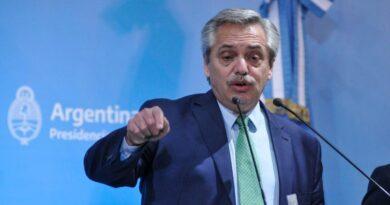 Alberto Fernández: «Vamos a hacer de Internet un servicio público»